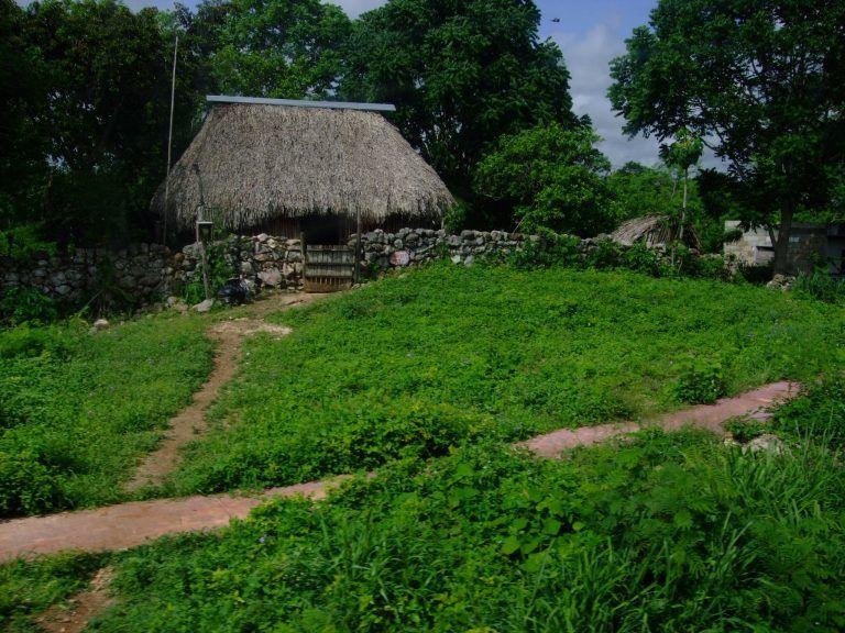 Guatemala_village1-768x576